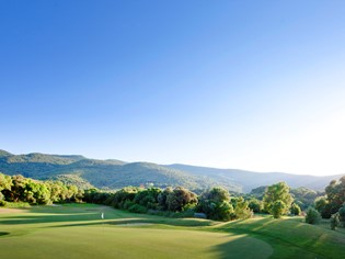 Golf in Tuscany between the sea and the lagoon, for everyone all year round